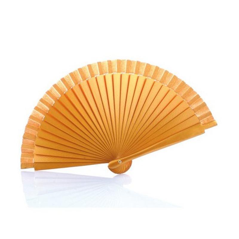 Abanico de madera liso dorado