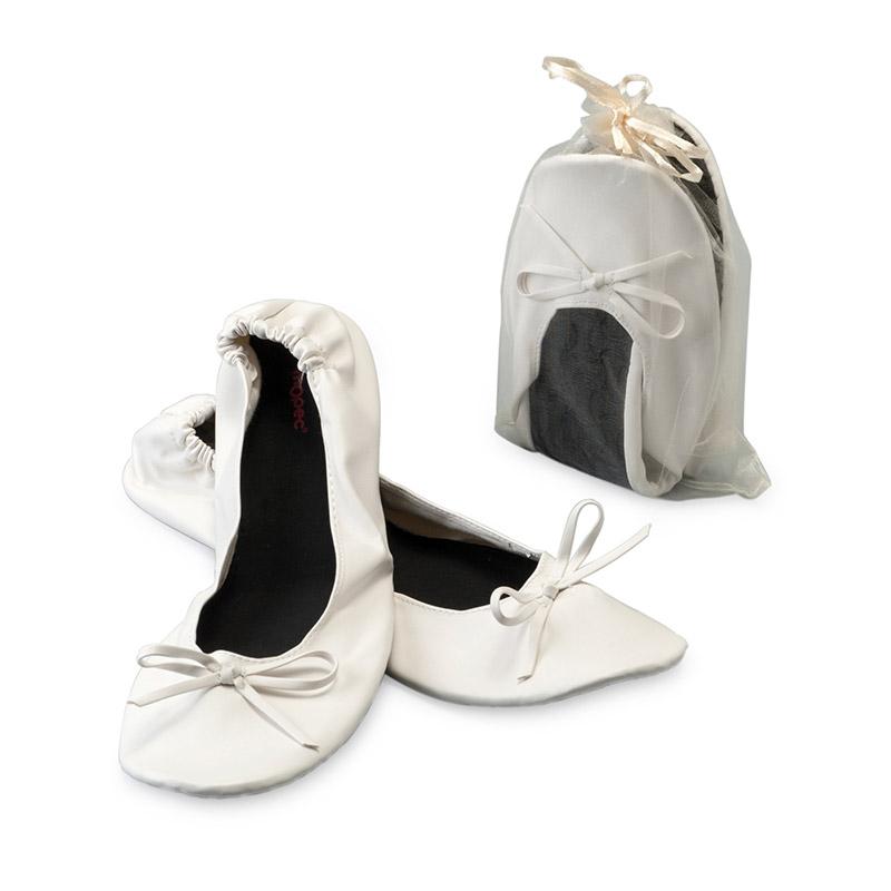 Bailarinas para invitadas de boda, enrollables y en color blanco. Incluye bolsa de organza a juego.