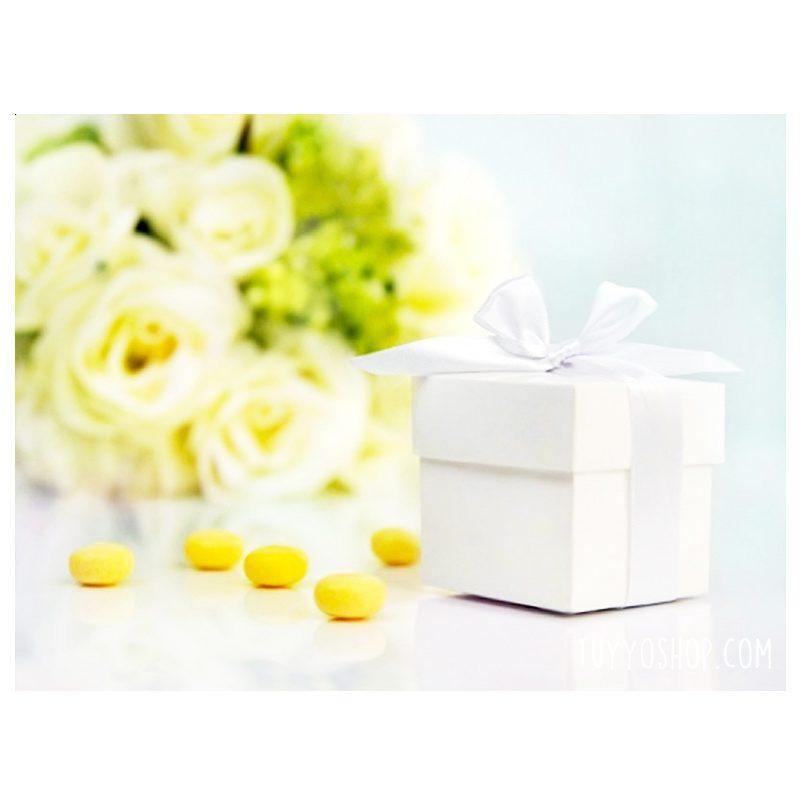Cajita para regalo Blanca con lazo