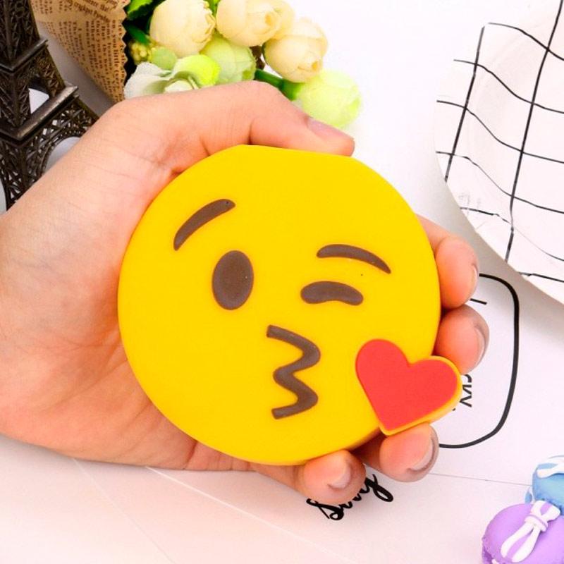 Cargador USB Power Bank emoticono