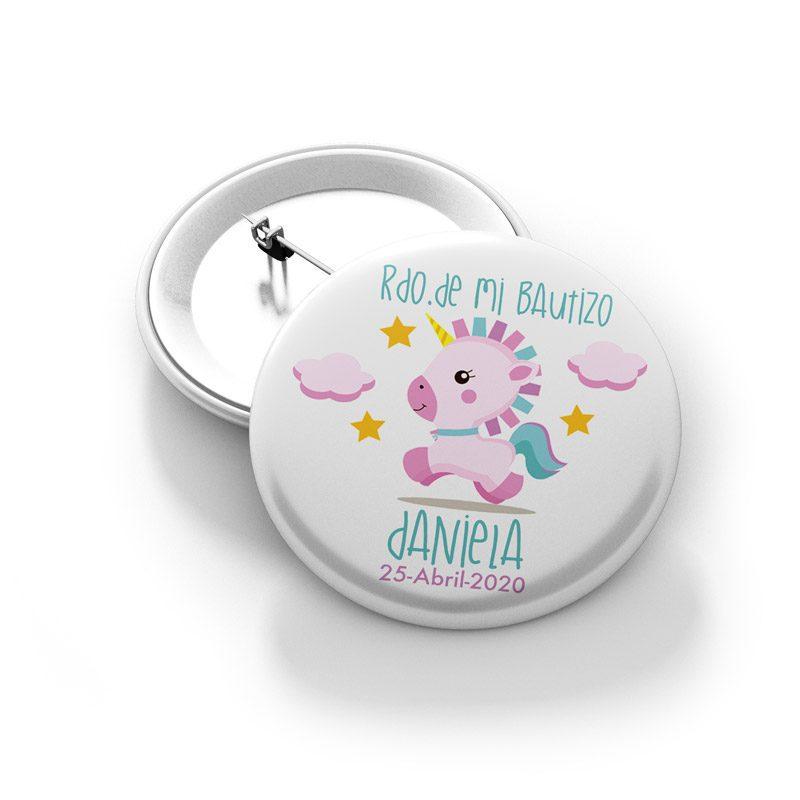 Chapa imperdible para bautizo. Modelo pink unicornio.