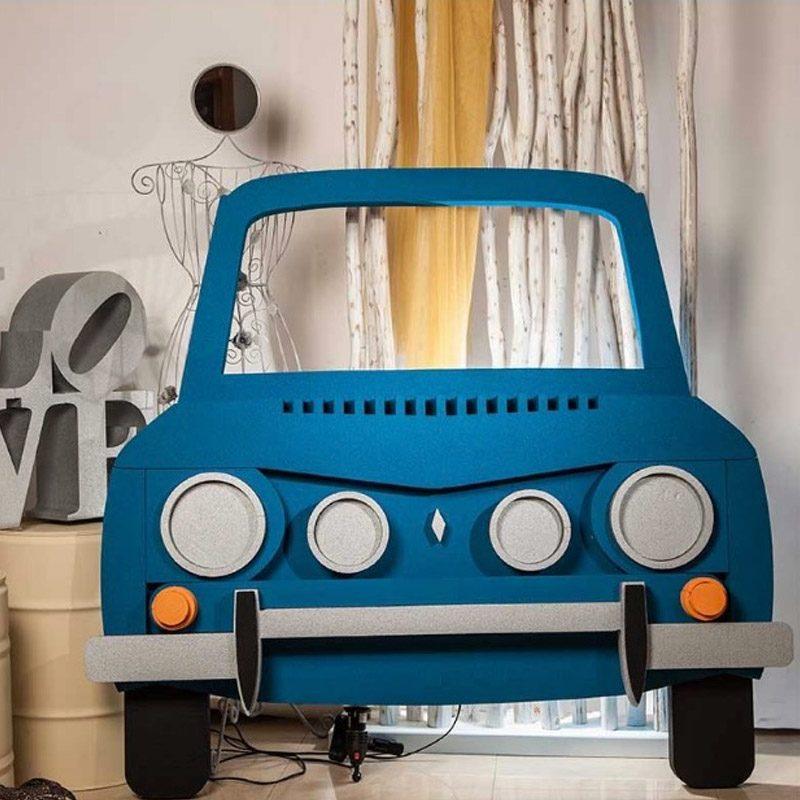 Corcho photocall Renault 8. 149cm x 145cm
