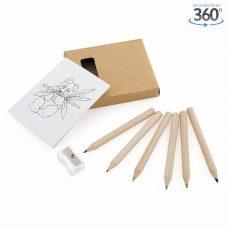 Set de lápices de colores, sacapuntas y hojas