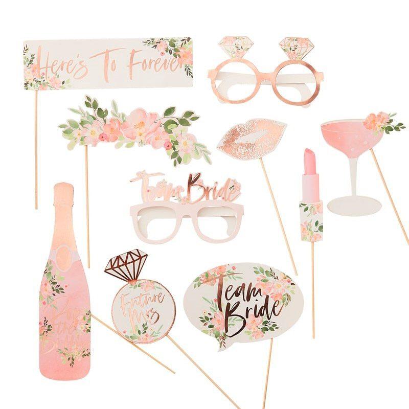 Set complementos para photocall. Modelo floral. 10 piezas. elementos para photocall modelo floral 2