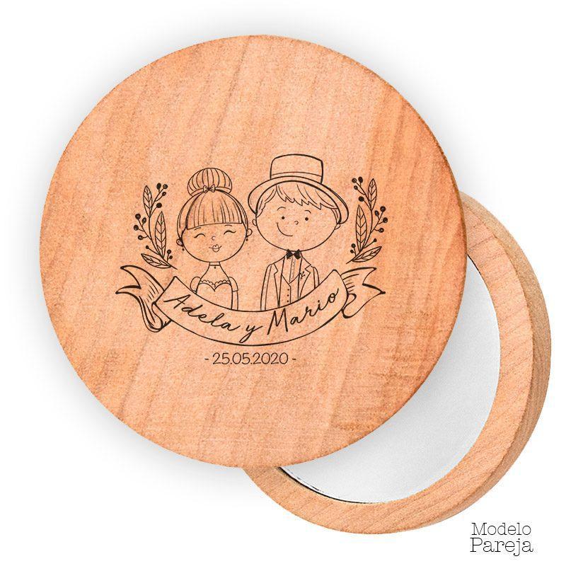 Espejo de madera personalizado. 7cm. Modelo pareja gracias