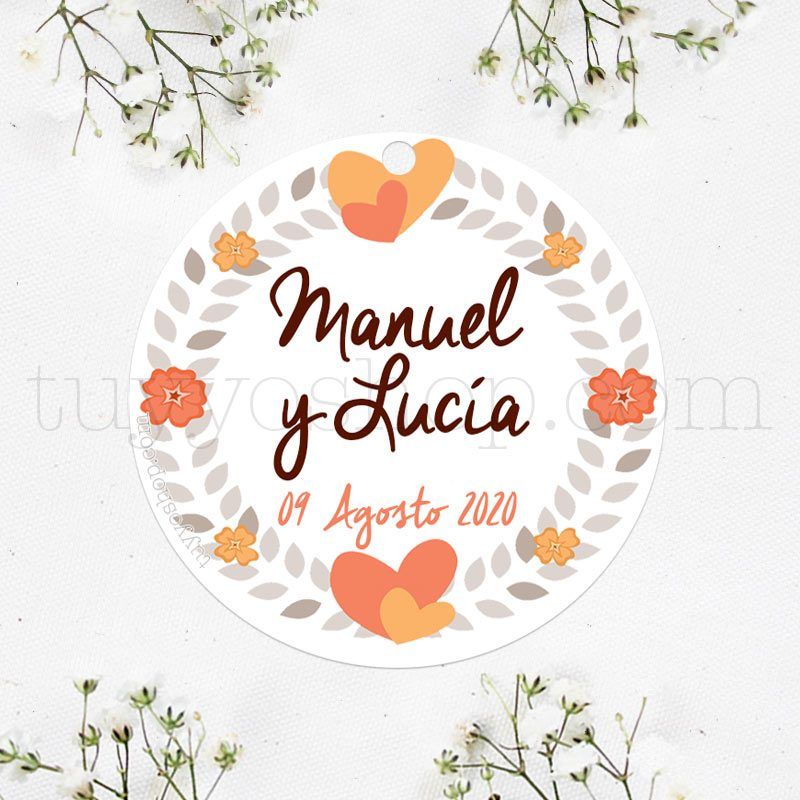 Bonita etiqueta con motivos de corazones en color naranja. Personalízala con tu nombre y fecha.