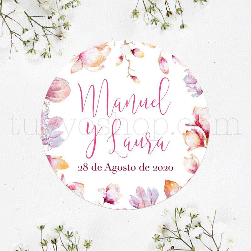etiqueta para boda modelo magnolio. Puedes personalizarla con nombre y fecha.