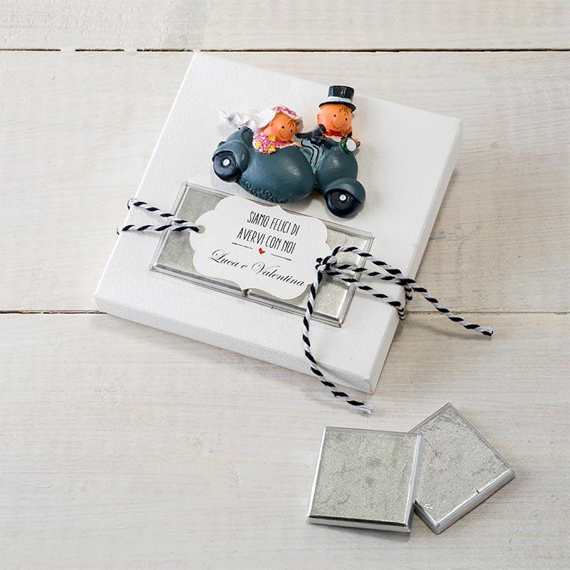 """Imán para la nevera """"Juntos al fin del mundo"""" en estuche + 2 chocolatinas + tarjeta personalizable"""