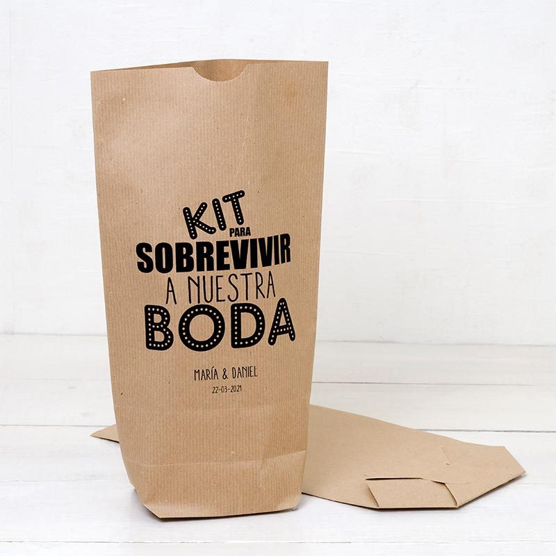 Bolsas kraft. Kit para sobrevivir a nuestra boda. Personalizable.
