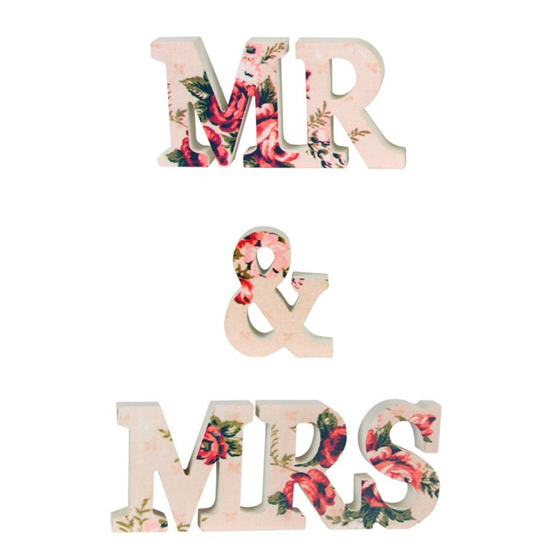Letras en madera mr & mrs