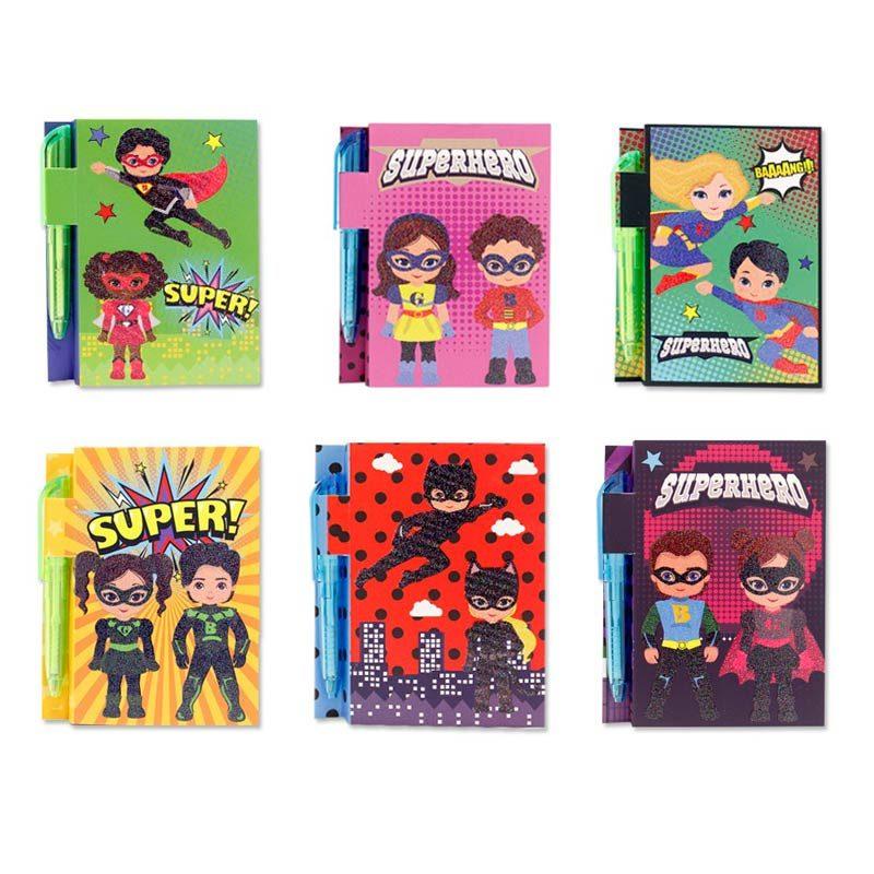 Libreta con bolígrafo modelo Cómic y Superhéroes
