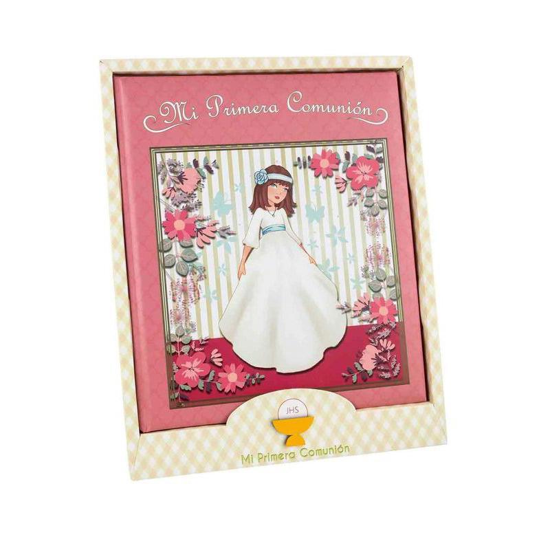 Libro de comunión modelo chica y flores. Presentado en caja. 29x24cm
