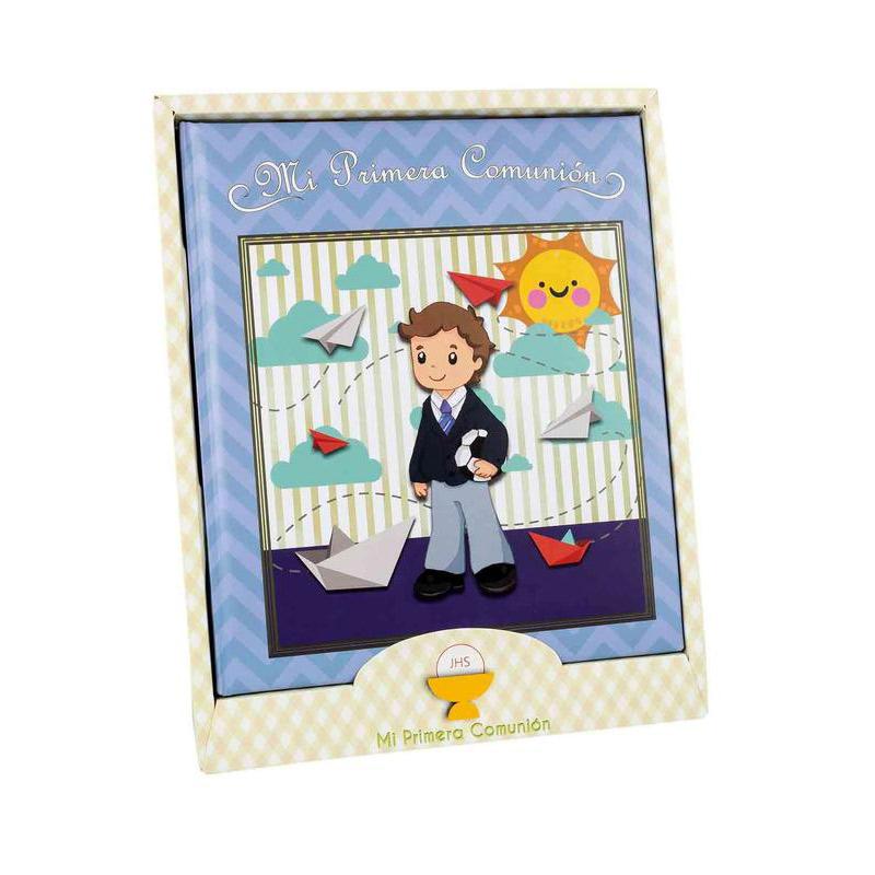 Libro de comunión modelo chico y sol. Presentado en caja. 29x24cm