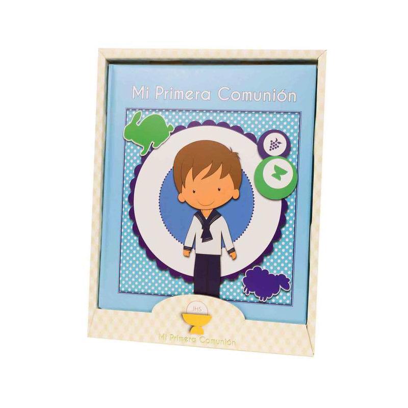 Libro de comunión modelo chico. Presentado en caja. 29x24cm
