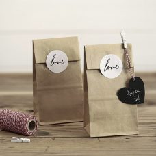 Pack 6 bolsas kraft. 6 pegatinas LOVE de regalo.
