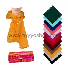 pañuelo sin flecos presentado en cajita de madera