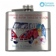 petaca para recuerdo de boda, modelo de 5oz y diseño de furgoneta roja