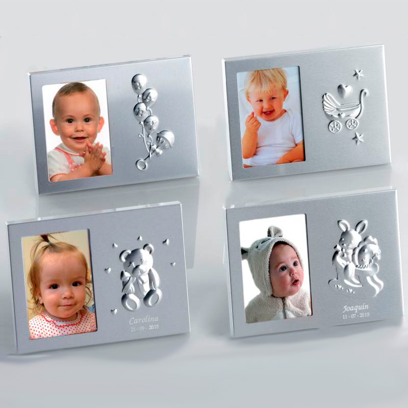 Portafotos plata para bautizo