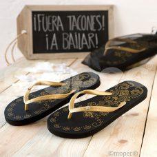 sandalias negras y doradas con brillantes