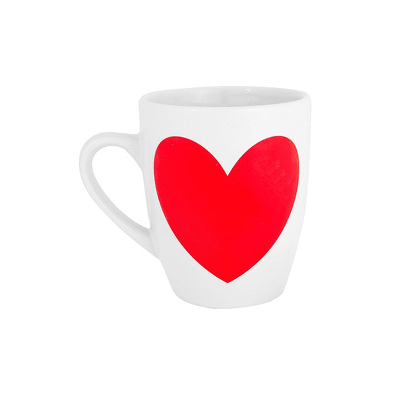 Original taza con un corazón de pizarra. Incluye tizas. Presentada en caja.