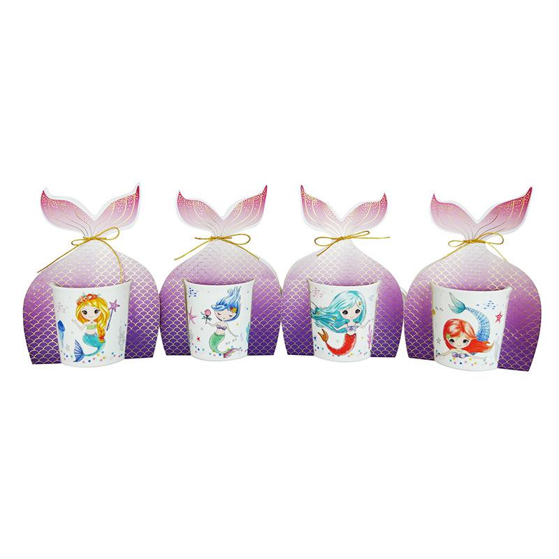 Taza de sirena, presentada en bolsa de cartón. 4 modelos surtidos.