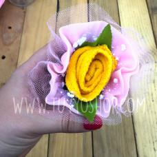 Toalla en forma de ramo de rosas