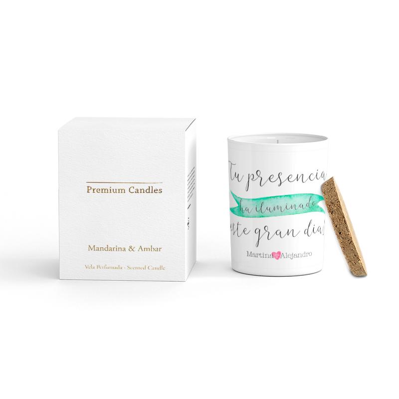 Vela Premium en color blanco. Tapa corcho y caja de regalo. Personalizable. Málaga