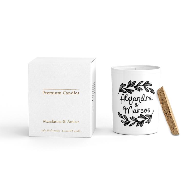 Vela Premium en color blanco. Tapa corcho y caja de regalo. Personalizable. Holanda